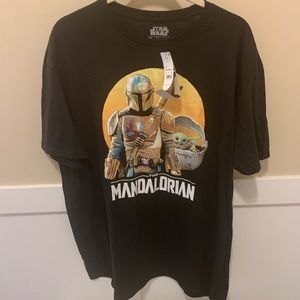 The Mandalrian graphic t-shirt